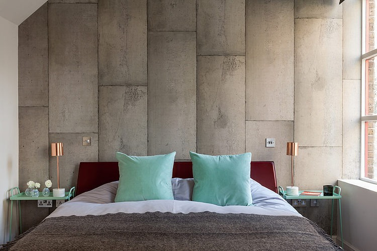 grey-and-turquoise-bedroom