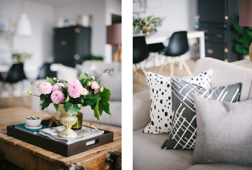 flowers_pillows_in _living_room