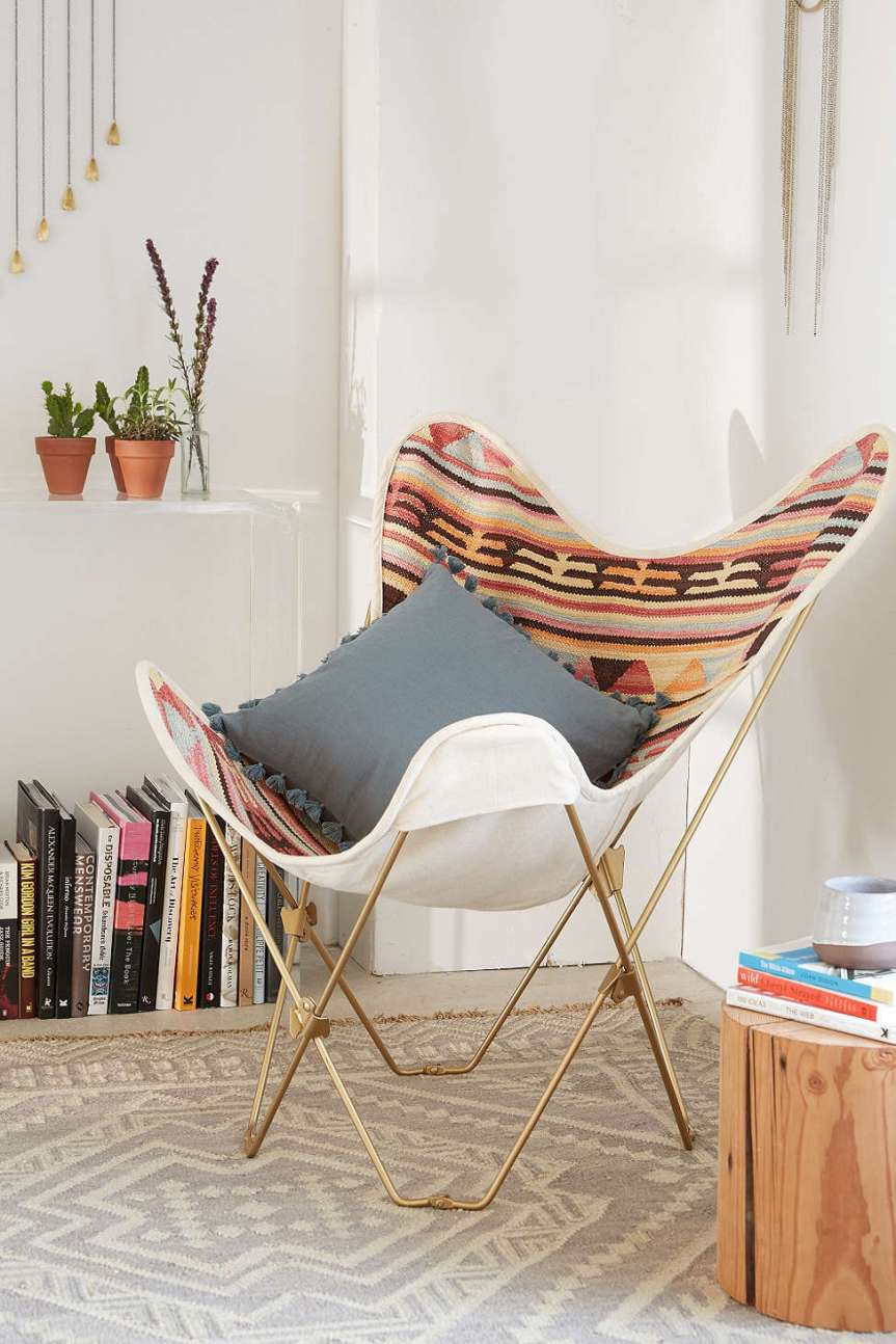 Kilim_butterfly_chair_styling
