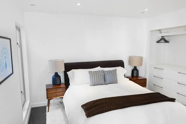 contemporary_bedroom